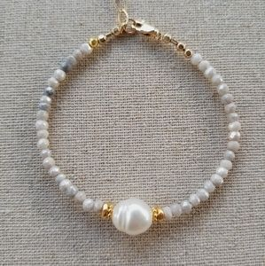 Silverite stones and Baroque Pearl Bracelet